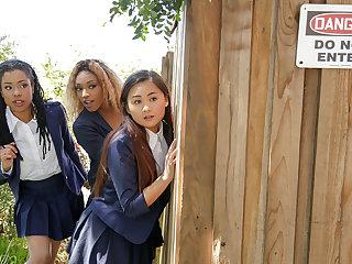 Kira Noir & Chad White in Punishing Put emphasize Pool Hopper - TeensLoveHugeCocks