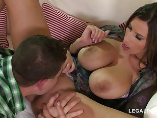 Bonking for forgiveness gives busty bombshell Animal Jane endless climaxes GP889