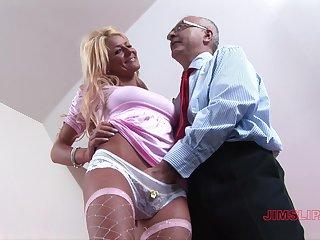 Massive cock for amateur mature in insane XXX