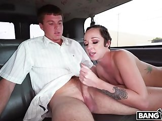 Jada Stevens Returns to be imparted to murder Motor coach