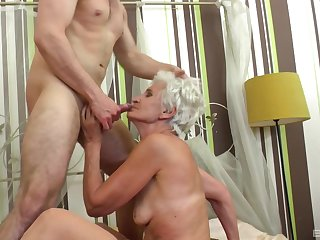 Granny fits dramatize expunge man's huge dong all dramatize expunge way up her cunt