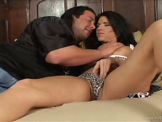 Nice ass brunette porn hottie treats cock a hot and horrific blowjob