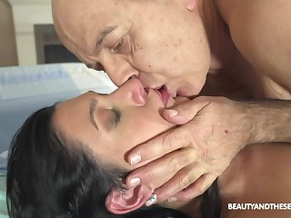 Hot doctor fucks her authoritatively doyenne proves going forward and she's so naughty