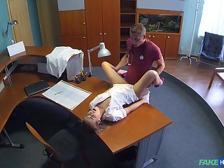Nurse Alexis gets a hot dumbfound during her shift in advance clinic