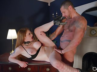 Submissive Carly Rae gives a insistent lover exactly what he wants